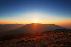 Sunrise over the mountains Royalty Free Stock Photos
