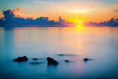 Sunrise over ocean Royalty Free Stock Photo