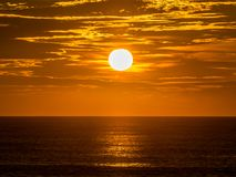 Sunrise over the ocean Royalty Free Stock Photo