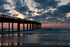 Sunrise in the pier Royalty Free Stock Photo