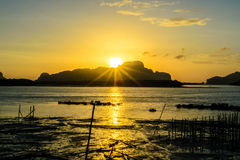 Sunrise at Samchong-tai, Phangnga Royalty Free Stock Photos