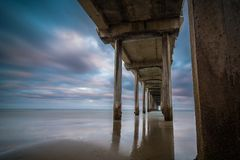 Sunrise at Scripps pier Royalty Free Stock Images