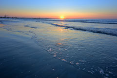 Sunrise on the sea shore Royalty Free Stock Images