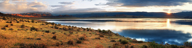 Sunrise on Shatsagay Nuur lake in Mongolia Royalty Free Stock Images