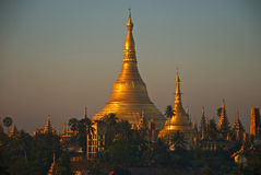Sunrise at Shwedagon pagoda Stock Photo