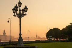 Sunrise in St. Petersburg. Russia. street lamp - symbol of the city Stock Photography