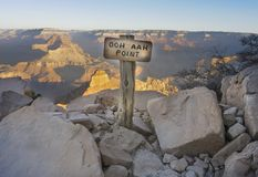 Ooh Aah View Point At The South Kaibab Hiking Trail In Grand Can. Sunrise View From Behind The Ooh Aah View Point Sign At The South Kaibab Hiking Trail In Grand Stock Photography