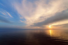 Sunrise on the water Royalty Free Stock Photography