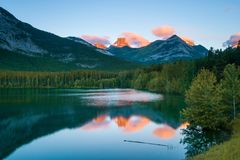 Sunrise at Wedge Pond, Kananaskis, Alberta, Canada Royalty Free Stock Images