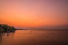 Sunrises bij Thaise golf Stock Fotografie