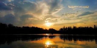 Sunrises in de ochtend stock foto
