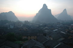 Sunrising in de oude stad van China Royalty-vrije Stock Foto