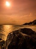 Sunrising på havet Royaltyfri Fotografi