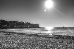 Sunsent en Formentera blanco y negro foto de archivo