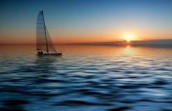 sunset żeglując fotografia stock