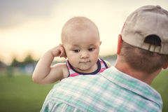Fathers shoulder Royalty Free Stock Photography