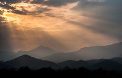 Sunset behind the mountains Royalty Free Stock Photography