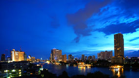 Sunset with blue sky at Chao Phraya river Royalty Free Stock Photos