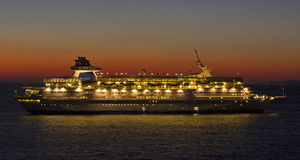 Sunset cruise ship Royalty Free Stock Photography
