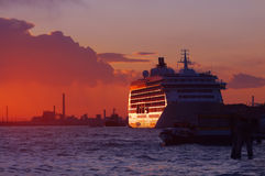 Sunset cruise ship Royalty Free Stock Image