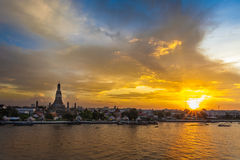 Sunset of famous travel place Wat Pho Royalty Free Stock Photos