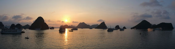 Sunset in Halong Bay, panorama Royalty Free Stock Photography