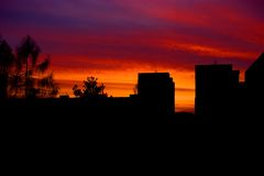 Sunset in housing estates Royalty Free Stock Photos