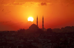 Sunset in Istanbul. A mosque punctuates the Istanbul Skyline at sunset Royalty Free Stock Photos