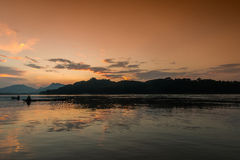 Sunset at Mekong river, Luang prabang Royalty Free Stock Photos