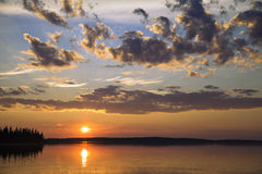 Sunset on a northern lake Royalty Free Stock Images