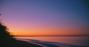 Sunset over the beach Royalty Free Stock Photos