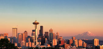 Sunset over the city of Seattle Washington during a nice summer Stock Images