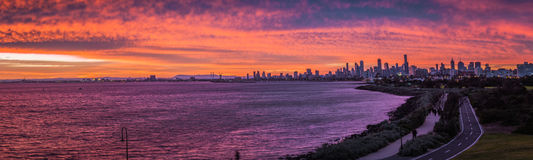 Sunset over City Skyline. A beautiful blazing winter sunset over the skyline of Melbourne, Australia Royalty Free Stock Photos