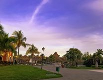 Sunset over Cuban park - Varadero, Cuba Stock Photography
