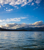 Sunset over Lake Manapouri in New Zealand Royalty Free Stock Photos
