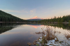 Sunset over Mt Hood at Trillium Lake stock photography