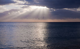 Sunset over ocean Royalty Free Stock Images