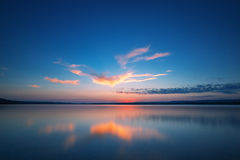Free Sunset Over The Lake Royalty Free Stock Photography - 43942487