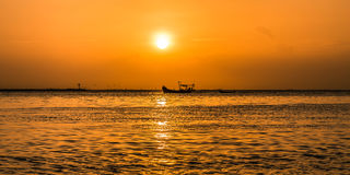 Sunset on pattaya beach Royalty Free Stock Photos