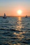 sunset pożeglować jachtów Zdjęcia Stock