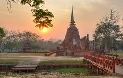 Sunset scenery at Wat Sa Si, an ancient Buddhist temple in Sukhothai Historical Park Royalty Free Stock Images