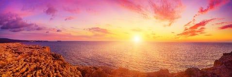 Sunset at sea Royalty Free Stock Photo
