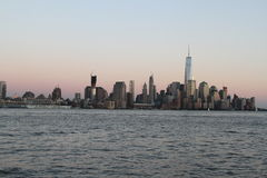 Sunset shot of New York City Skyline Royalty Free Stock Images