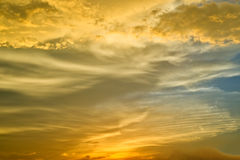Sunset sky. Golden sunset sky and cloud background Royalty Free Stock Photos