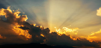 Sunset with sun rays Royalty Free Stock Photo