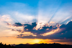 Sunset with sun rays Royalty Free Stock Photography