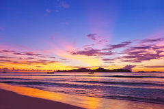Sunset on tropical beach - Seychelles Royalty Free Stock Photography