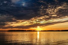 SunsetOver un lac oklahoma Image libre de droits