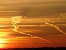 Sunsets is mooi in nacht op het overzees Royalty-vrije Stock Afbeeldingen