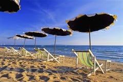 Sunshades na plaży Obraz Stock
